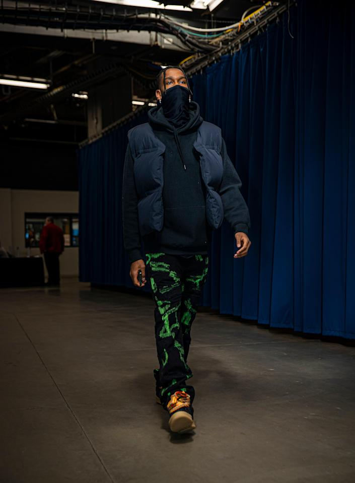 Shai Gilgeous-Alexander of the Thunder arrives for a game against the San Antonio Spurs in Oklahoma City, January 12, 2021.