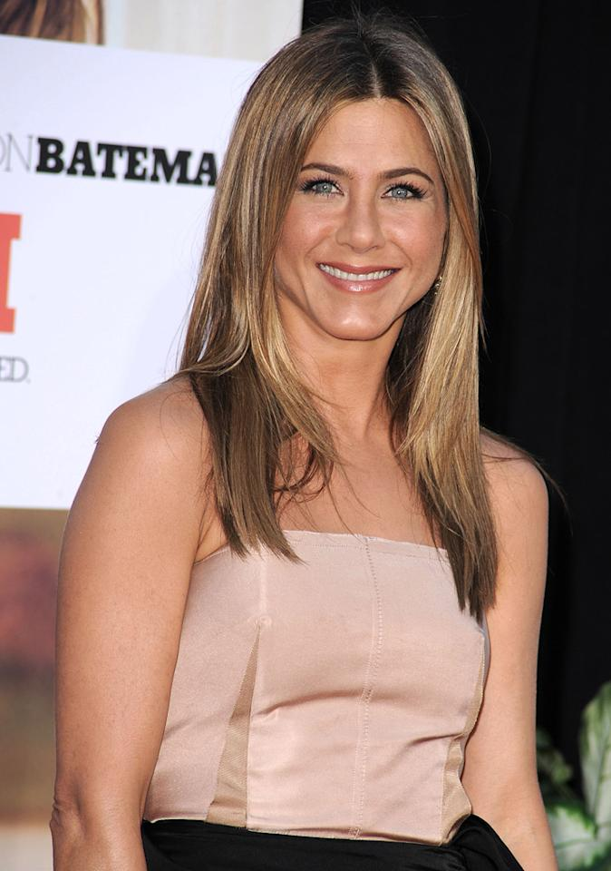 """<a href=""""http://movies.yahoo.com/movie/contributor/1800021397"""">Jennifer Aniston</a> at the Los Angeles premiere of <a href=""""http://movies.yahoo.com/movie/1810071908/info"""">The Switch</a> - 08/16/2010"""
