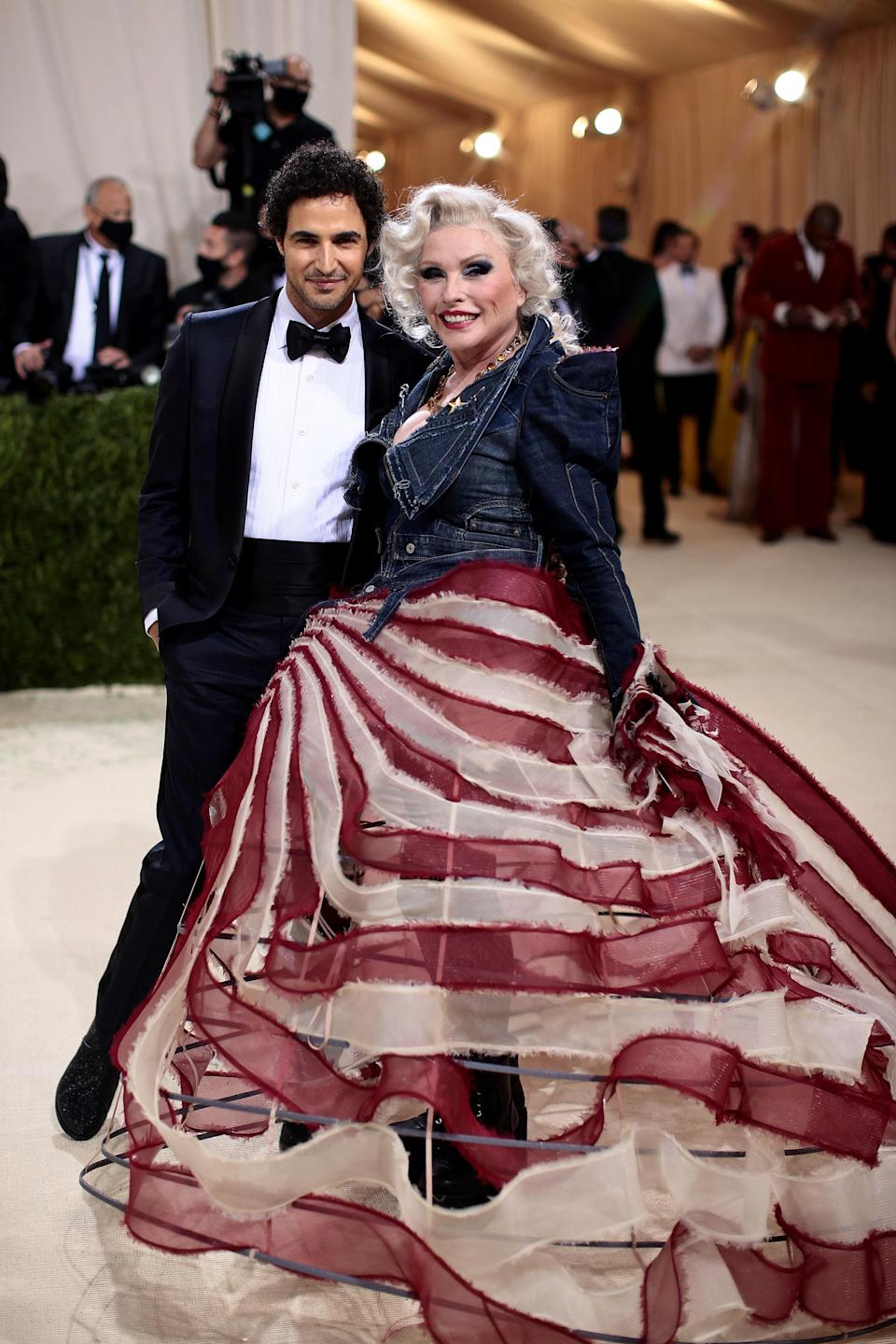 """<h1 class=""""title"""">Zac Posen in Tom Ford and Debbie Harry in Zac Posen</h1><cite class=""""credit"""">Photo: Getty Images</cite>"""