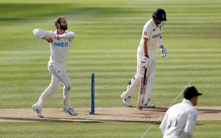 Every effort - New Zealand captain Kane Williamson (L) even bowled himself on Sunday in a bid to force victory in the drawn first Test against England at Lord's bowls on the fifth day of the first Test cricket match between England and New Zealand at Lord's Cricket Ground in London on June 6, 2021.