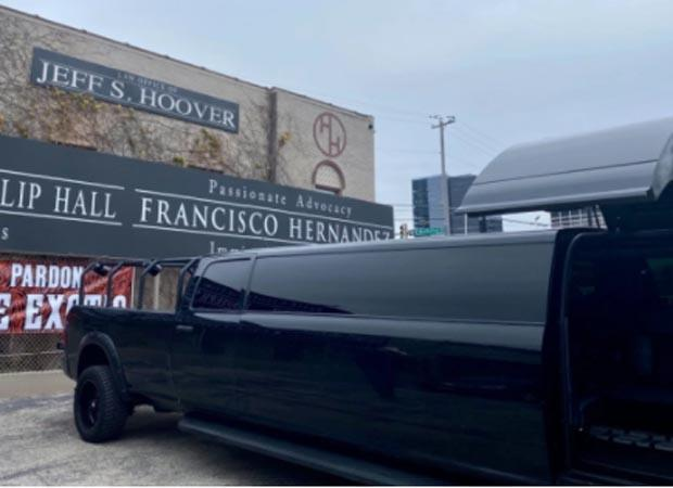 Limo awaiting Joe Exotic if he gets a pardon and released from prison in Fort Worth. / Credit: CBS DFW