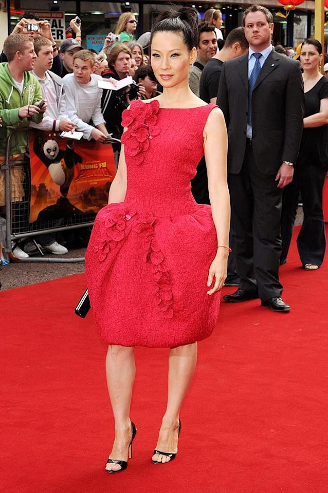"Lucy Liu floats down the red carpet at the London premiere of ""Kung Fu Panda"" in a bubble dress. <a href=""http://www.PacificCoastNews.com"" target=""new"">PacificCoastNews.com</a> - June 26, 2008"