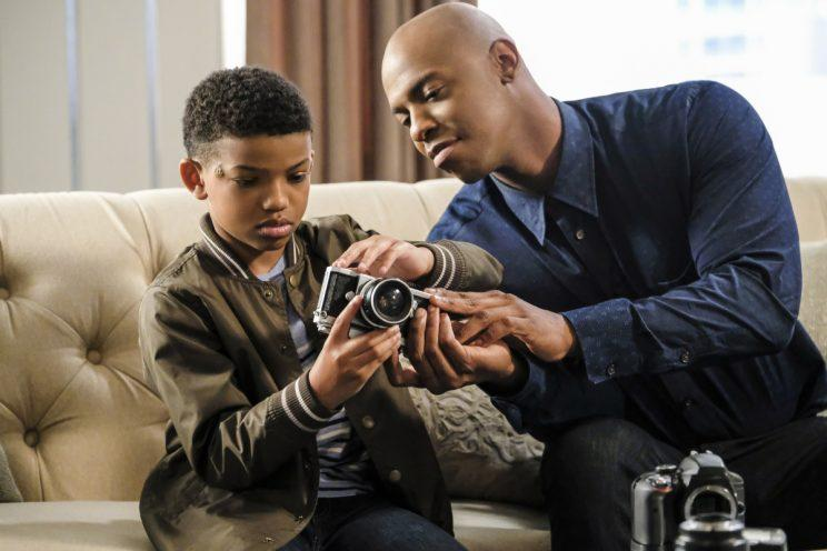Lonnie Chavis as Marcus and Mehcad Brooks as James Olsen in The CW's Supergirl. (Photo: Bettina Strauss/The CW)