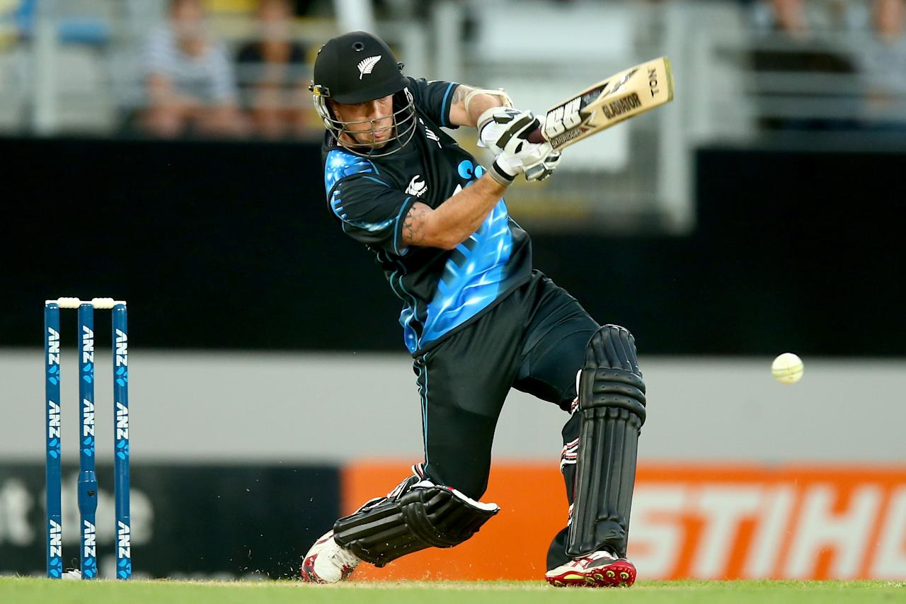 AUCKLAND, NEW ZEALAND - JANUARY 11: Luke Ronchi of New Zealand bats during the first T20 between New Zealand and the West Indies at Eden Park on January 11, 2014 in Auckland, New Zealand.  (Photo by Phil Walter/Getty Images)