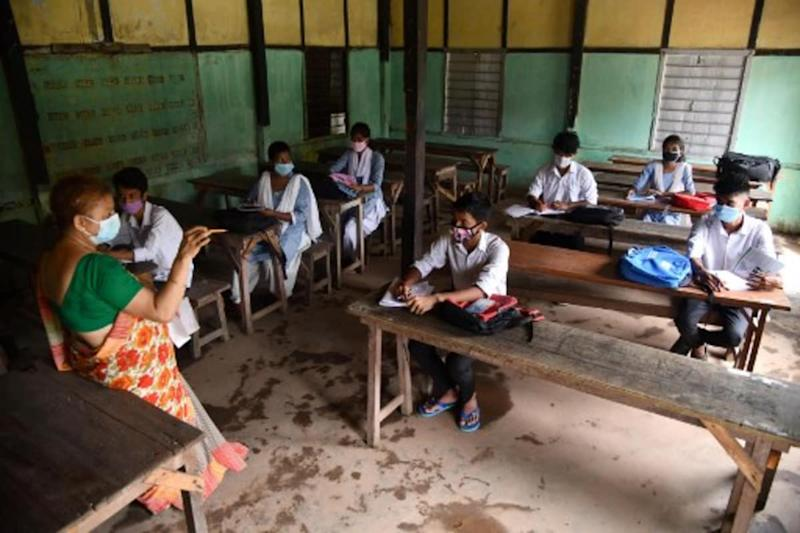 Classes in Shifts, Social Distancing: Schools in UP to Reopen for Classes 9 to 12 from Oct 19