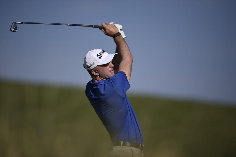Laird closes with eagle for share of four-way lead at Las Vegas
