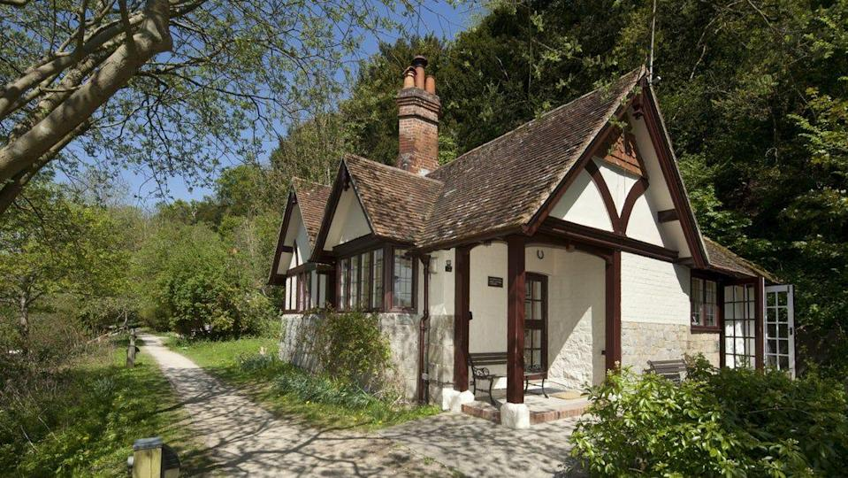 "<p>Ferry Cottage was once the home of the ferryman for My Lady Ferry and offers incredible views over the River Thames for a tranquil Christmas break. The pretty half-timber Christmas cottage has a bright and modern interior with a large patio and garden overlooking the river.</p><p><strong>Be sure to... </strong>Follow in the footsteps of earls, kings and queens as you stroll through the impressive gardens and woodlands of the Cliveden estate – even after it's closed to the public. When it's open, you can also explore the stately home, built for the Duke of Buckingham in 1666 and home to the Astor family until 1966. </p><p><strong>Sleeps:</strong> 4</p><p><strong>Pets:</strong> No</p><p><strong>Price:</strong> £877 for 3 nights over Christmas and New Year's Eve</p><p><a class=""link rapid-noclick-resp"" href=""https://go.redirectingat.com?id=127X1599956&url=https%3A%2F%2Fwww.nationaltrust.org.uk%2Fholidays%2Fferry-cottage-berkshire&sref=https%3A%2F%2Fwww.countryliving.com%2Fuk%2Ftravel-ideas%2Fstaycation-uk%2Fg33888029%2Fchristmas-cottage%2F"" rel=""nofollow noopener"" target=""_blank"" data-ylk=""slk:FIND OUT MORE"">FIND OUT MORE</a><br></p>"