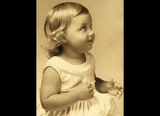 Baby Ellen was such a doll -- just look at those curls!