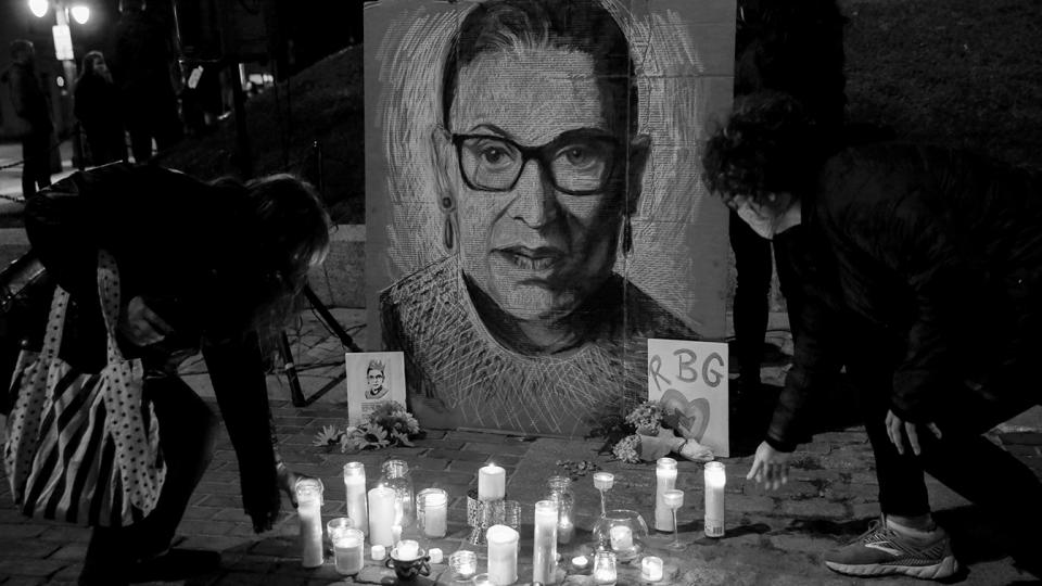 The late U.S. Supreme Court Justice Ruth Bader Ginsburg is mourned during a vigil in Monument Square in Portland, Maine on September 20, 2020. (Elizabeth Frantz/Reuters)