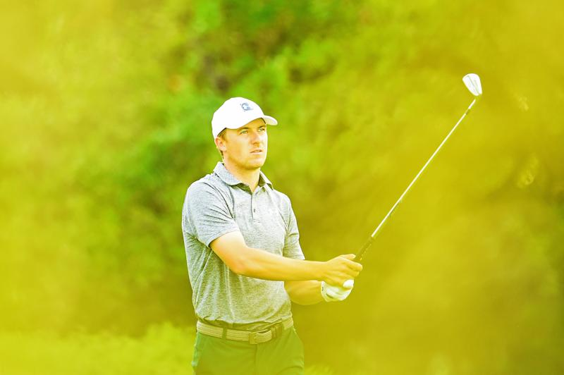 853eed2445d4ff Watch Jordan Spieth hole-out for eagle to take the lead at the Valero Texas  Open