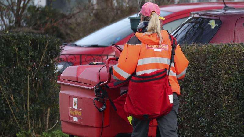 Royal Mail shares plunge to new lows on warning over UK losses
