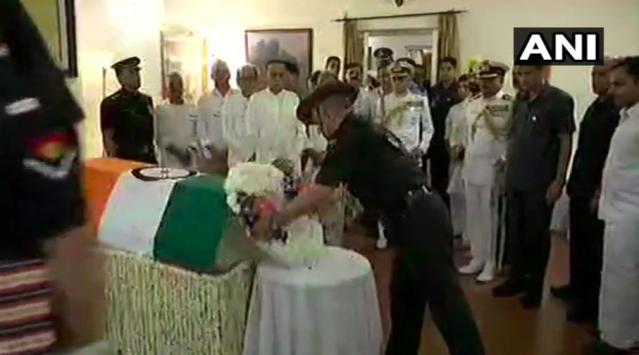 <p>Army chief General Bipin Rawat extending his last respects to Vajpayee. </p>