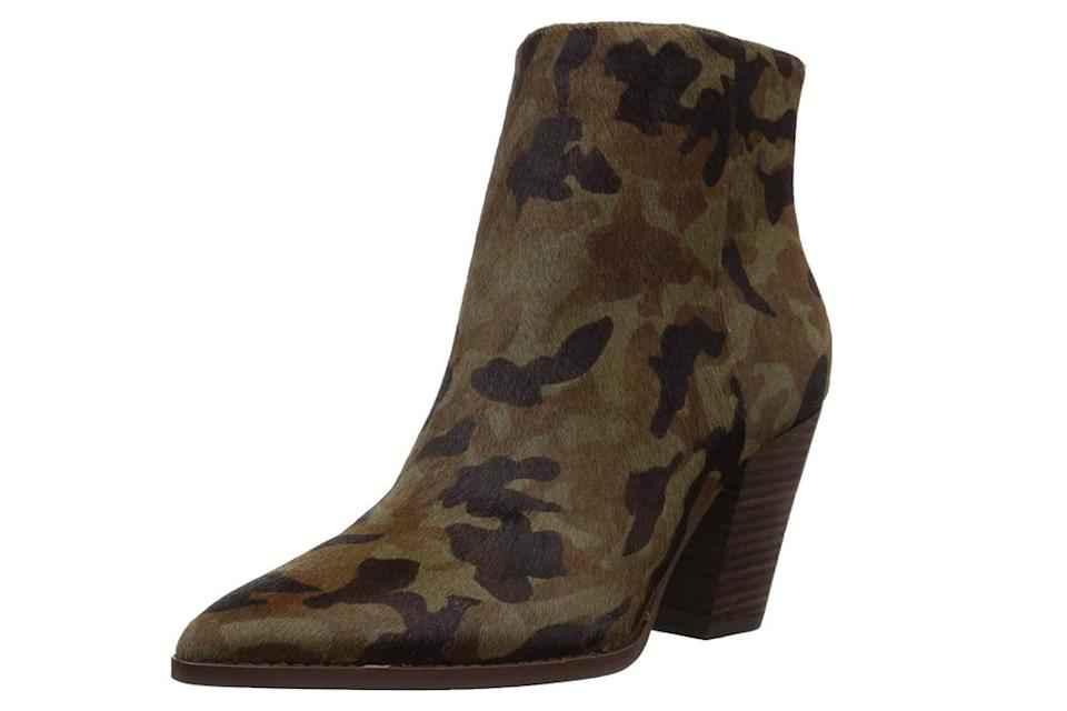 camo boots, camouflage boots, pointed-toe, lucky brand