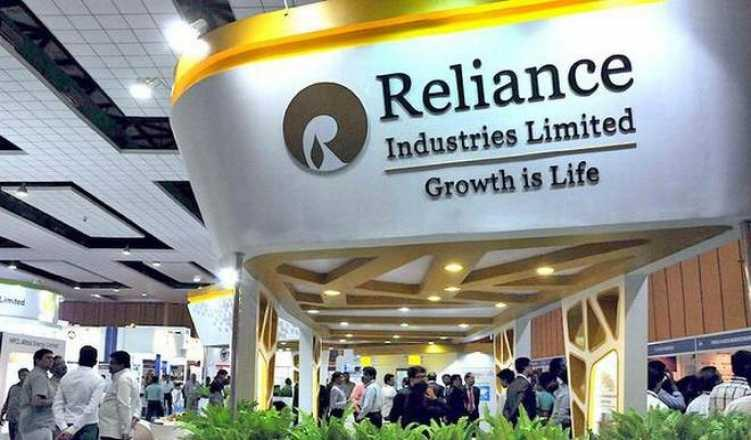 Reliance, Aramco Talks on Refinery Stake Sale Are Said to Stall