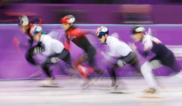 Short Track Speed Skating Events - Pyeongchang 2018 Winter Olympics - Men's 1000m Final - Gangneung Ice Arena - Gangneung, South Korea - February 17, 2018 - Sandor Liu Shaolin of Hungary, Lim Hyo-jun of South Korea, Samuel Girard of Canada, Seo Yi-ra of South Korea and John-Henry Krueger of the U.S. compete. REUTERS/Damir Sagolj TPX IMAGES OF THE DAY