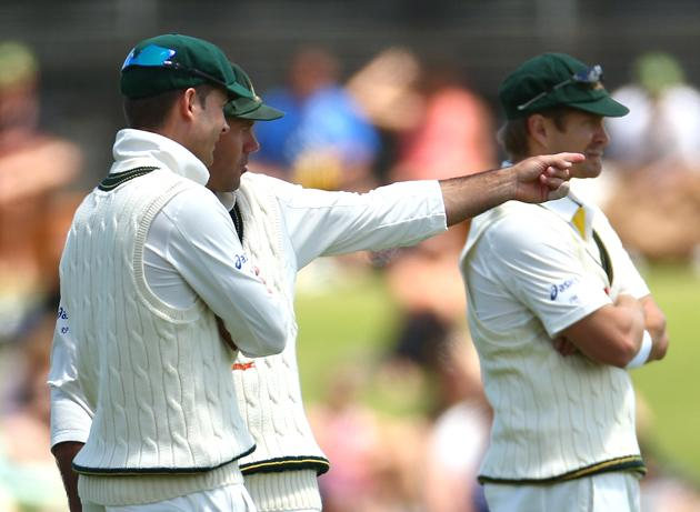 Ricky Ponting of Australia talks with captain Michael Clarke during day one of the Third Test Match between Australia and South Africa at the WACA on November 30, 2012 in Perth, Australia.  (Photo by Robert Cianflone/Getty Images)