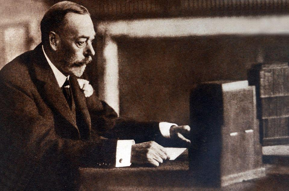 """<p>King George V was the first monarch to deliver a speech to the entire nation by radio broadcast on Christmas. Although the King was hesitant about doing the speech, it was a big deal for people across the empire to hear his voice in their own homes. His short message, written by Rudyard Kipling, was the monarchy's first step at embracing modernization. """"I take it as a good omen that wireless should have reached its present perfection at a time when the Empire has been linked in closer union. For it offers us immense possibilities to make that union closer still,"""" the King <a href=""""http://www.famous-speeches-and-speech-topics.info/famous-short-speeches/king-george-v-and-rudyard-kipling-1932-royal-christmas-message.htm"""" rel=""""nofollow noopener"""" target=""""_blank"""" data-ylk=""""slk:said in 1932"""" class=""""link rapid-noclick-resp"""">said in 1932</a>.</p>"""