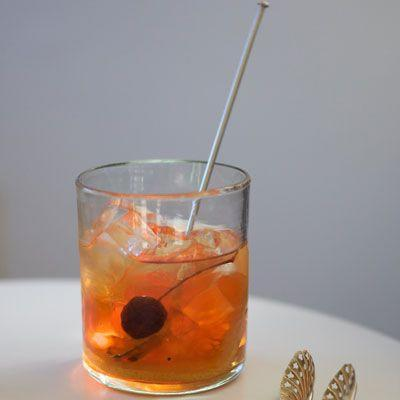"""<p>This quick cocktail is full of big, bold southern flavor thanks to a mix of bourbon, fresh grapefruit, and citrusy basil. <br></p><p>Get the recipe from <a href=""""https://www.delish.com/cooking/recipe-ideas/recipes/a15787/big-texan-bourbon-grapefruit-cocktail-recipe-fw0611/"""" rel=""""nofollow noopener"""" target=""""_blank"""" data-ylk=""""slk:Delish"""" class=""""link rapid-noclick-resp"""">Delish</a>.</p>"""