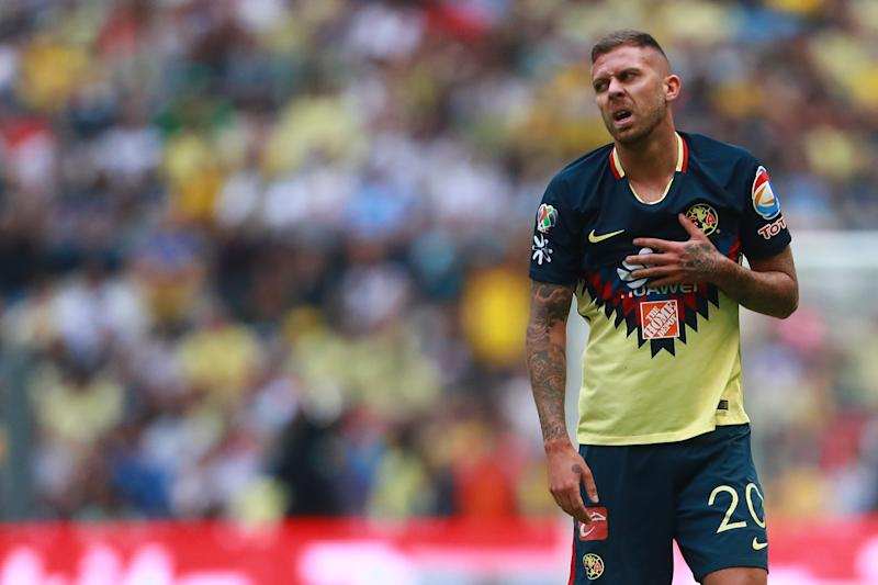 MEXICO CITY, MEXICO - MAY 13: Jeremy Menez #20 of America reacts during the semifinals second leg match between America and Santos Laguna as part of the Torneo Clausura 2018 Liga MX at Azteca Stadium on May 13, 2018 in Mexico City, Mexico. (Photo by Hector Vivas/Getty Images)
