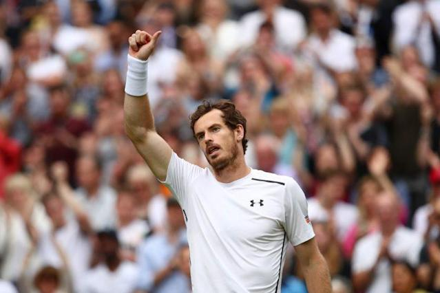 "<a class=""link rapid-noclick-resp"" href=""/olympics/rio-2016/a/1211276/"" data-ylk=""slk:Andy Murray"">Andy Murray</a> earned a long standing ovation at Centre Court. (Getty)"