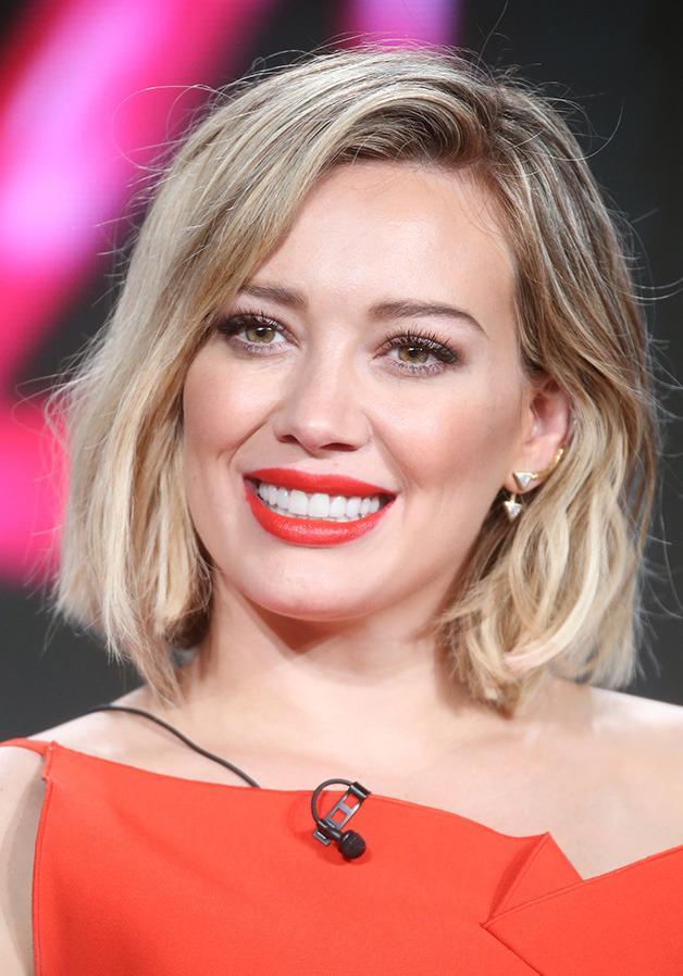 Hilary Duff debuted a chic new bob a few months ago, but as of today, she's no longer a blonde...