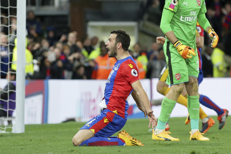Crystal Palace's Luka Milivojevic celebrates after scoring a penalty during the English Premier League soccer match between Crystal Palace and Arsenal at Selhurst Park in London, Monday April 10, 2017. (AP Photo/Tim Ireland)