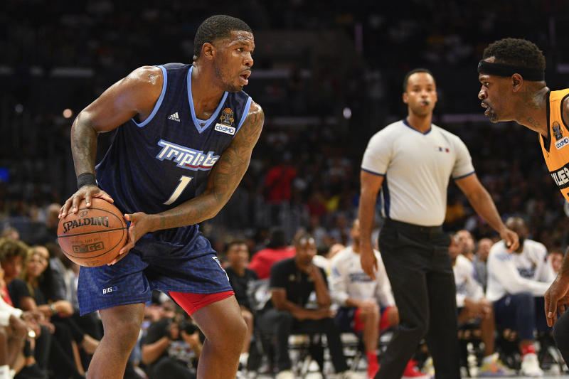 LOS ANGELES, CA - SEPTEMBER 01: Triplets guard Joe Johnson (1) looks to drive to the basket during the BIG3 championship game between the Tripletsand the Killer 3's on September 1, 2019 at the Staples Center in Los Angeles, CA. (Photo by Brian Rothmuller/Icon Sportswire via Getty Images)
