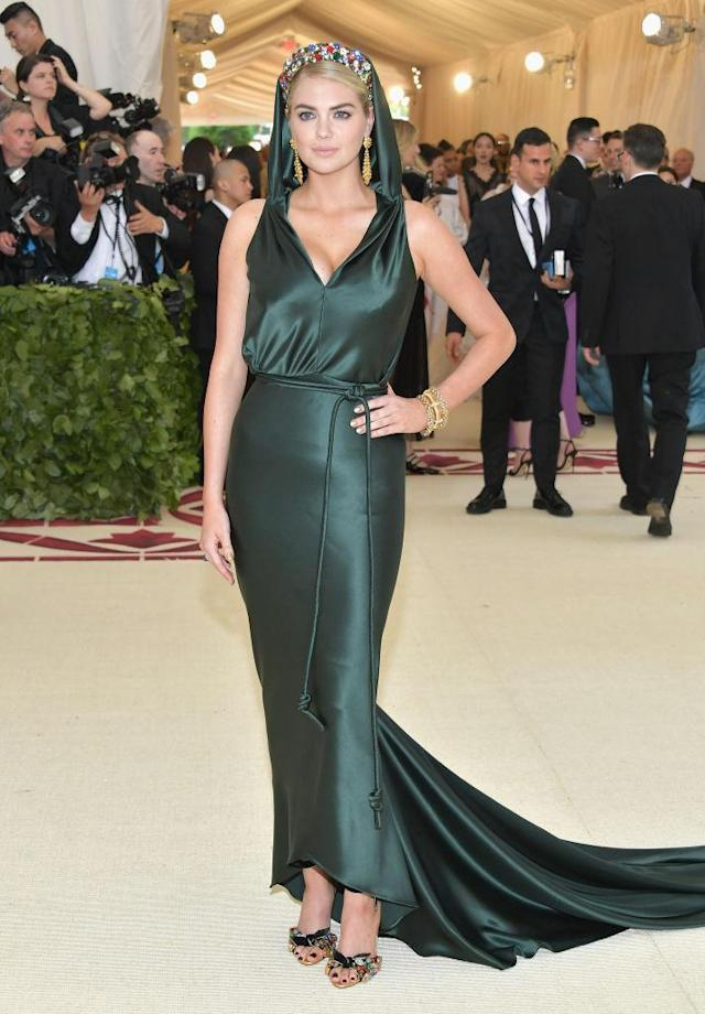 <p>Kate Upton attends the Heavenly Bodies: Fashion & The Catholic Imagination Costume Institute Gala at The Metropolitan Museum of Art on May 7, 2018 in New York City. (Photo: Getty Images) </p>