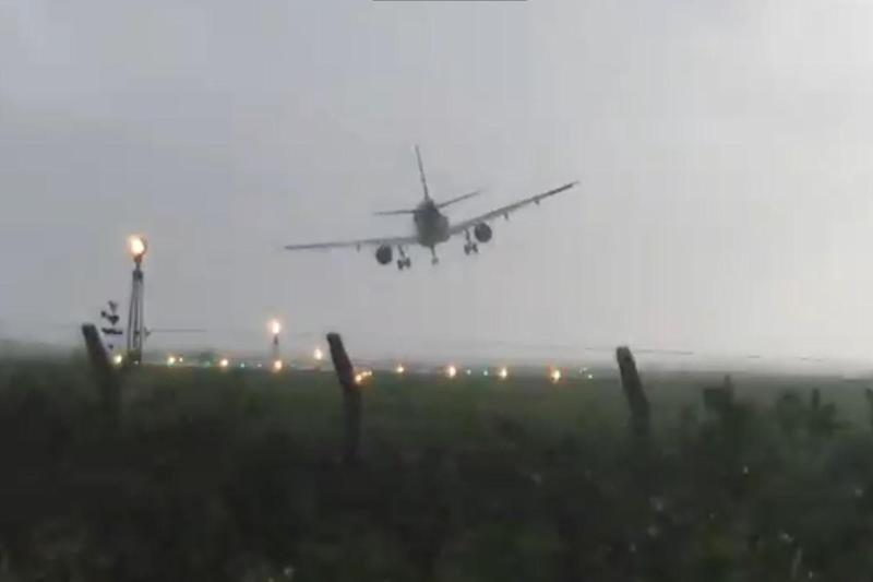 The plane sways left and right as it swoops down onto the runway: Sean Hassett, Twitter