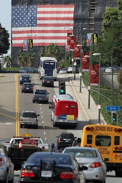 Dense traffic on Hill Street in Los Angeles, pictured on April 25, 2013 (AFP Photo/David Mcnew)