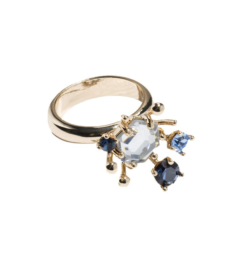 "<p>Cleopatra Ring, $39, <a rel=""nofollow"" href=""http://www.stories.com/us/Jewellery/All_jewellery/Cleopatra_Ring/590767-0445536001.2"">stories.com</a> </p>"