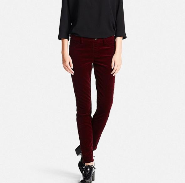 """<p>Corduroy isn't exactly known as a fabric you'd want to lounge in, unless they're these legging pants from Uniqlo. The Japanese brand just opened their first store in Canada so we'll all have access to their coveted basics. <i>Get it <a href=""""https://ec.yimg.com/ec?url=http%3a%2f%2fwww.uniqlo.com%2fus%2fproduct%2fwomen-corduroy-leggings-pants-173761.html%2318~%2fwomen%2fpants-and-leggings%2fleggings-pants%2fcorduroy%2f~%26quot%3b%26gt%3bhere%26lt%3b%2fa%26gt%3b.%c2%a0%26lt%3b%2fi%26gt%3b%26lt%3b%2fp%26gt%3b&t=1506316477&sig=ZU2vbtdjohReJGWXraBzbQ--~D"""