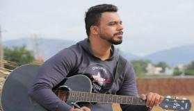 Aadat fame Amit M is all set for his next single and here's a surprise