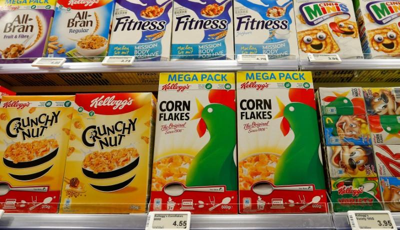 FILE PHOTO: Kellogg's products of U.S. Kellogg Company are offered at a supermarket in Zumikon
