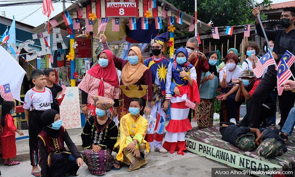 Sim-Sim villagers mark Malaysia Day in style