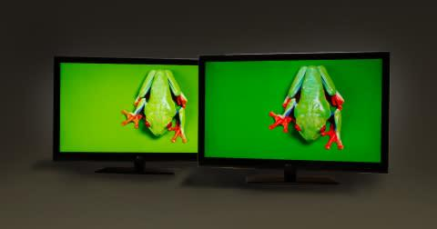 Pictured: Comparison of LCDs without (left) and with (right) 3M's QDEF solution. (Photo: 3M)