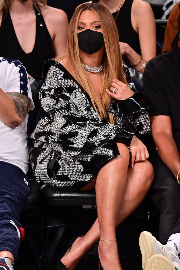 NEW YORK, NEW YORK – JUNE 05: Beyonce attends Brooklyn Nets v Milwaukee Bucks game at Barclays Center of Brooklyn on June 05, 2021 in New York City. (Photo by James Devaney/Getty Images)
