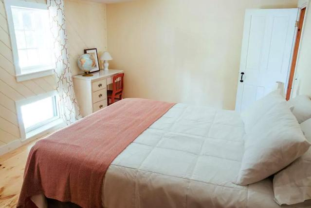 <p>The home has three bedrooms in total. (Airbnb) </p>