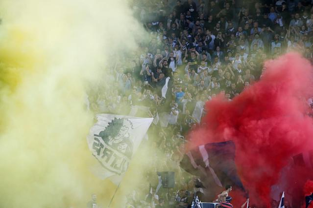 Soccer Football - Ligue 1 - Bordeaux v Paris St Germain - Matmut Atlantique, Bordeaux, France - April 22, 2018 Bordeaux fans and flares before the match REUTERS/Regis Duvignau
