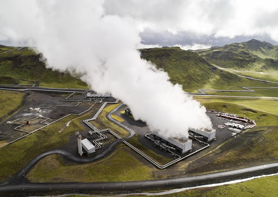 The Hellisheidi geothermal power plant in Hellisheidi, Iceland, on Tuesday, Sept. 7, 2021. Startups Climeworks AG and Carbfix are working together to store carbon dioxide removed from the air deep underground to reverse some of the damage CO2 emissions are doing to the planet.