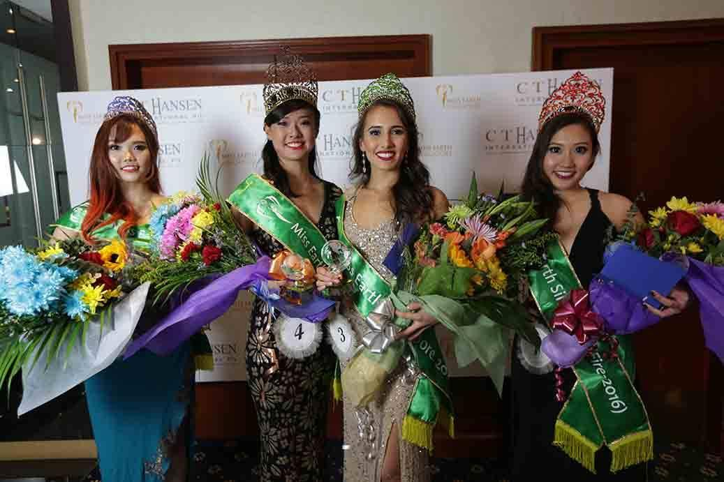 Miss Earth Singapore winner Manuela Bruntraeger (second from right) with (from left) Miss Earth Singapore – Air Toh Xin Pei, Miss Earth Singapore – Water Shronn Tay and Miss Earth Singapore – Fire Vanessa Rani. (Photo: Yahoo Singapore)