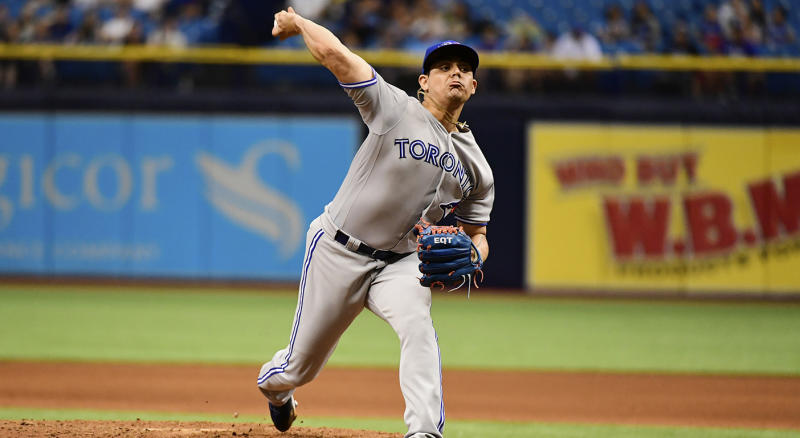 Blue Jays trade suspended pitcher Roberto Osuna