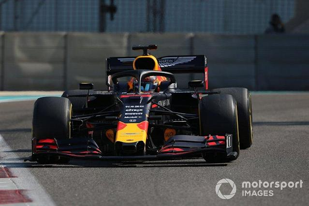 """Alex Albon, Red Bull RB15 <span class=""""copyright"""">Jerry Andre / Motorsport Images</span>"""