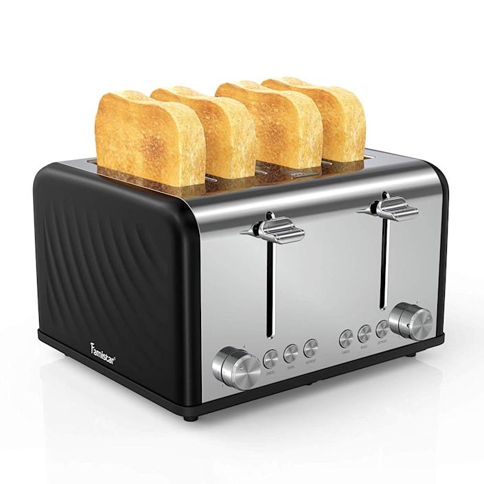 4 Slice Toaster, Stainless Steel Toaster with Defrost/Reheat/Cancel Function, Removable Crumb Tray, Extra Wide Slots, 6 Bread Shade Settings, 1650W, Black (Walmart / Walmart)