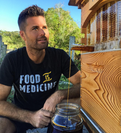 Pete Evans pictured wearing a 'food is medicine' T-shirt