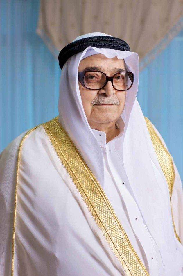 #785 Saleh Kamel<br />Net Worth: $1.95 billion <br />Saleh Kamel is the founder and chairman of Dallah Albaraka, a conglomerate with interests in Islamic banking, real estate development and food production. Kamel took subsidiary Dallah Health public in December 2012, keeping a 52% stake.