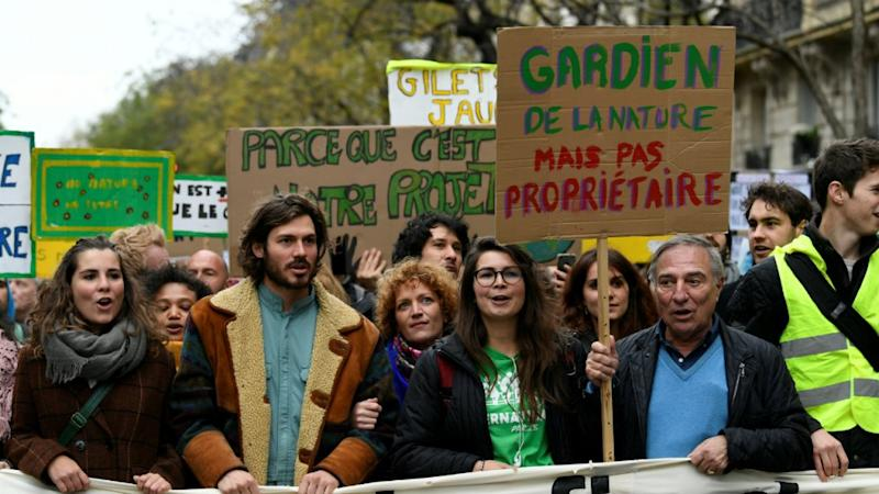 After Gilets Jaunes, climate crusaders take on Macron's government