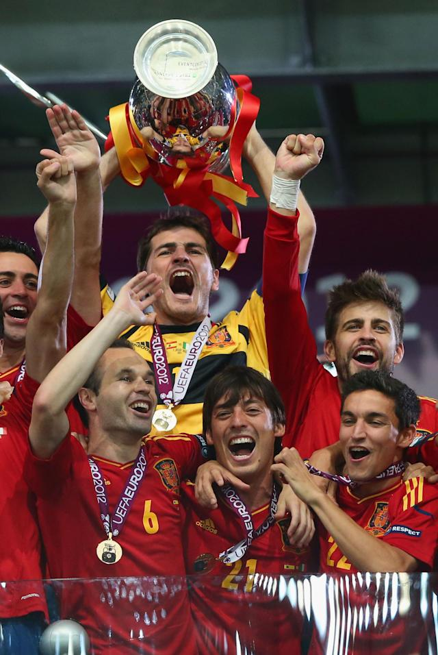 KIEV, UKRAINE - JULY 01: Captain Iker Casillas of Spain lifts the trophy after victory during the UEFA EURO 2012 final match between Spain and Italy at the Olympic Stadium on July 1, 2012 in Kiev, Ukraine. (Photo by Handout/UEFA via Getty Images)