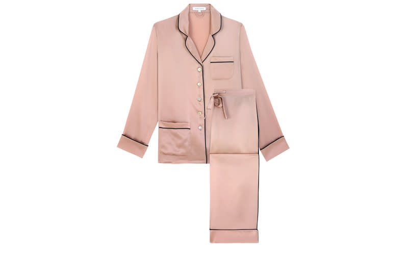 "<p>If you're planning on treating your mum to a cosy night in front of the telly with a glass of bubbly to hand, then why not treat her to some seriously luxe pyjamas? They're sure to be the gift that keeps on giving. <a rel=""nofollow"" href=""https://oliviavonhalle.com/uk/shop/by-product/silk-pyjamas/coco-oyster-silk-pyjama.html""><em>Buy now</em></a>. </p>"