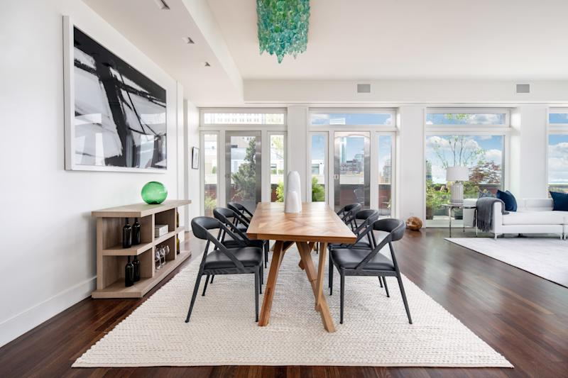 The dining area in Meryl Streep's former penthouse.